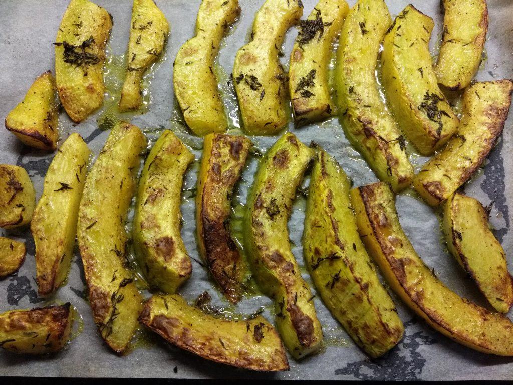 Фото рецепта - Тыква, запеченная в духовке с тимьяном - шаг 4