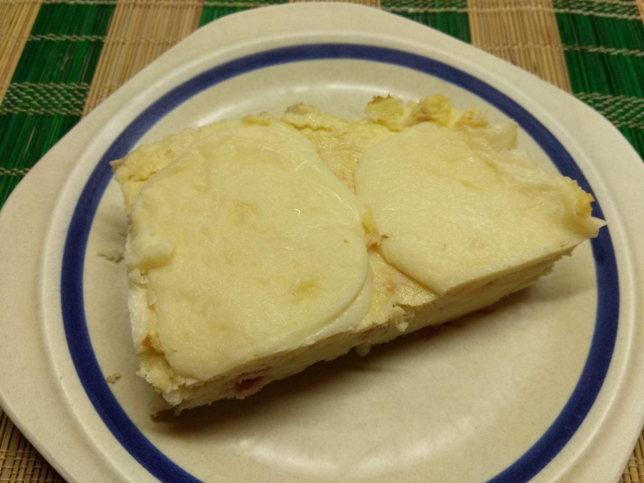 Картофельная запеканка с тунцом и сыром