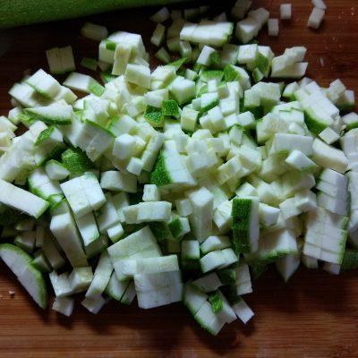 Фото рецепта - Лазанья со свиным фаршем и кабачком - шаг 3