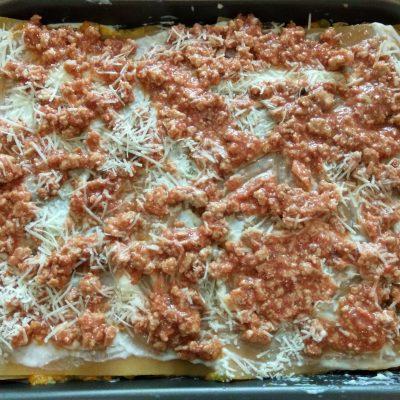Фото рецепта - Лазанья со свиным фаршем и кабачком - шаг 8