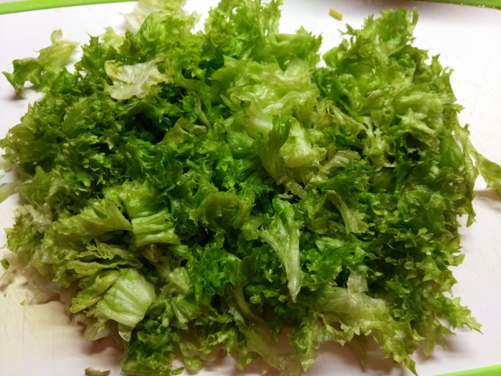 "Фото рецепта - Овощной салат ""Радуга"" - шаг 5"