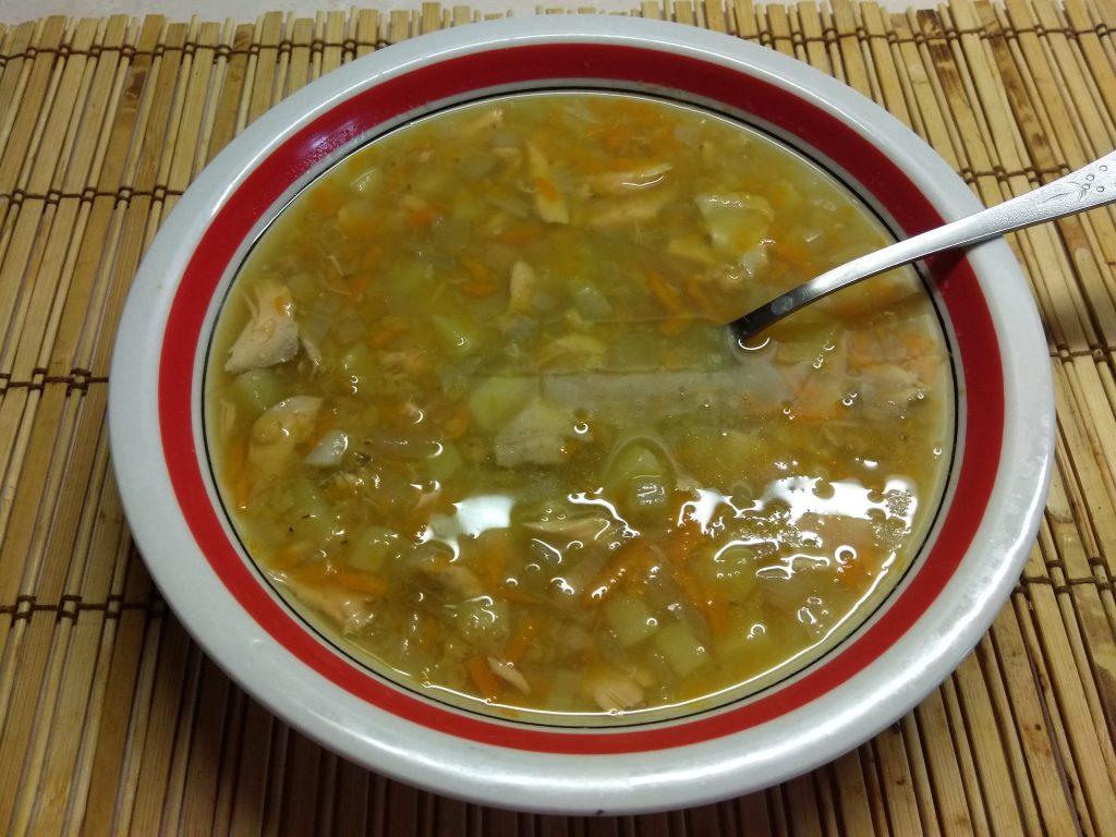 Фото рецепта - Суп из лосося с чечевицей - шаг 5