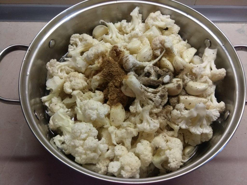 Фото рецепта - Постное рагу из цветной капусты - шаг 5