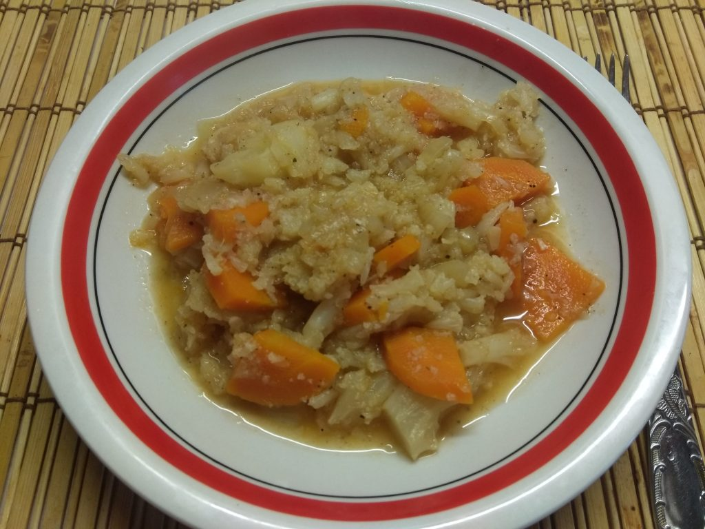 Фото рецепта - Постное рагу из цветной капусты - шаг 6