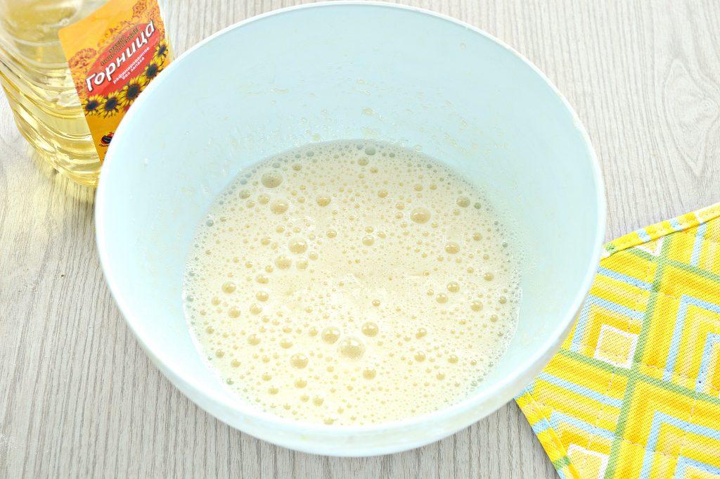 Фото рецепта - Заварные блины на прокисшем молоке - шаг 3