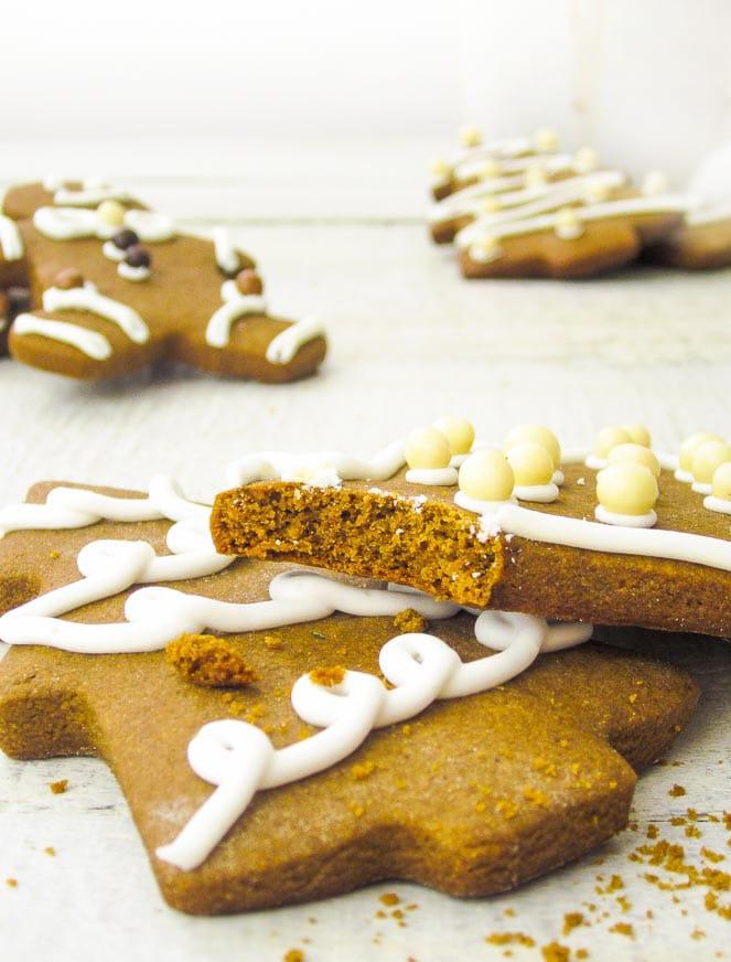 Фото рецепта - Быстрое печенье на новый год - шаг 10