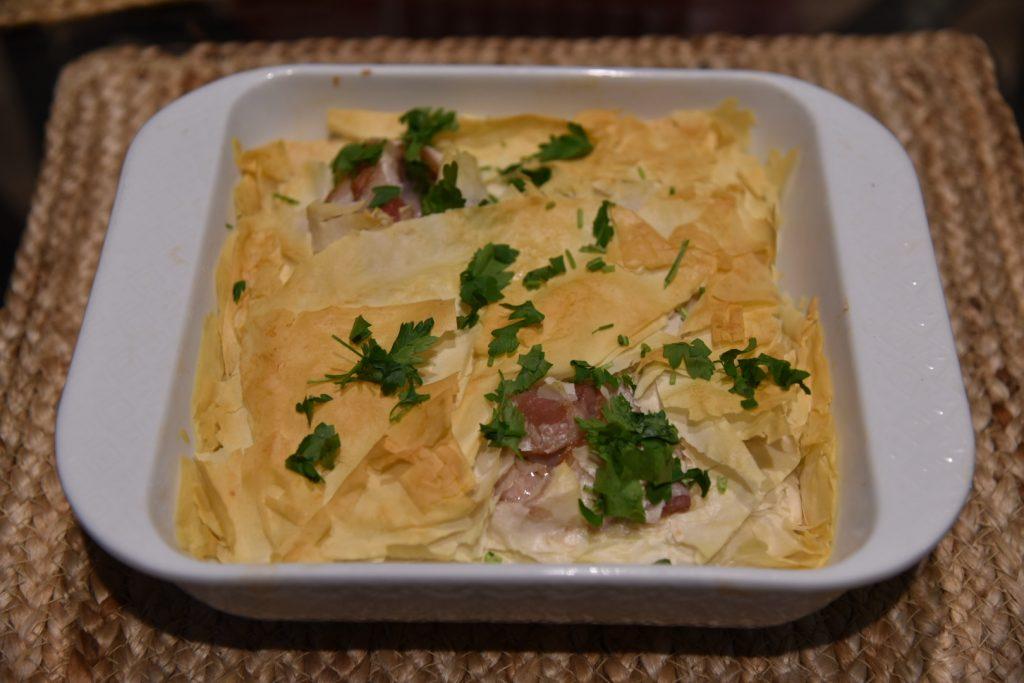 Фото рецепта - Быстрый яичный завтрак с тестом Фило (Filo) - шаг 5