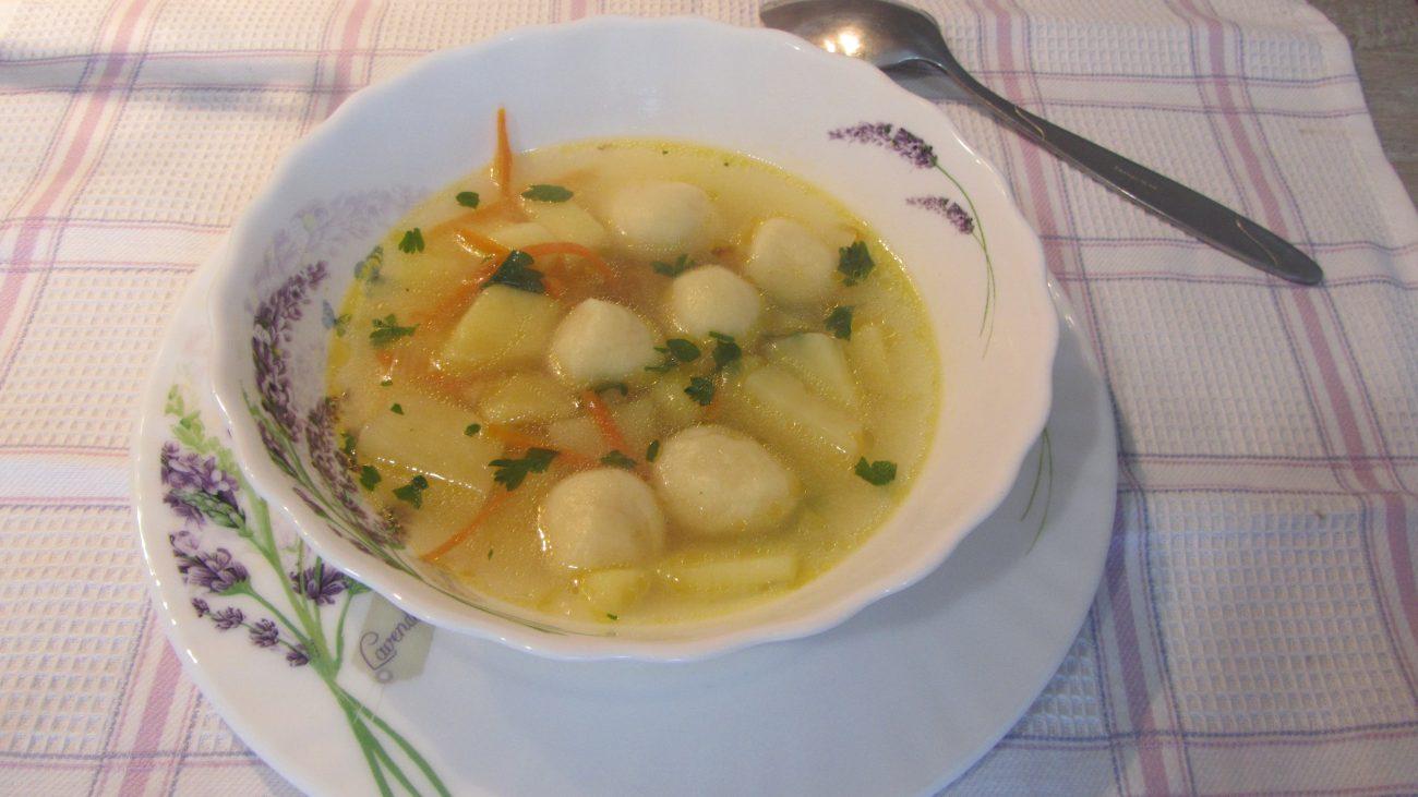 Суп с клецками из заварного теста