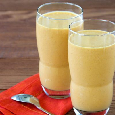 Тыквенный смузи на кокосовом молоке - рецепт с фото