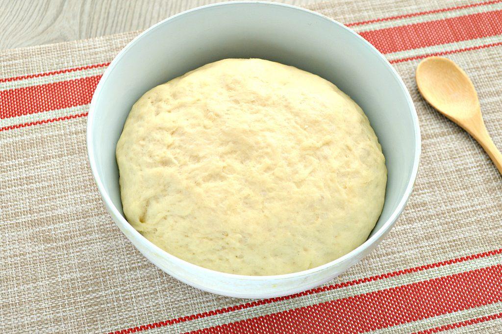 Фото рецепта - Тесто как пух на молоке и дрожжах - шаг 10