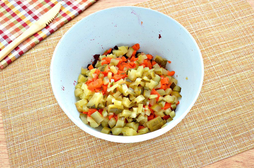 Фото рецепта - Винегрет с морковкой по-корейски - шаг 3