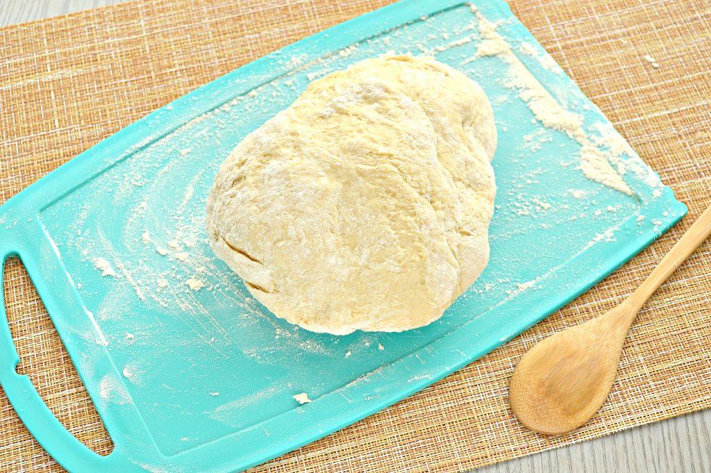 Фото рецепта - Тесто для мантов на молоке с яйцами - шаг 6