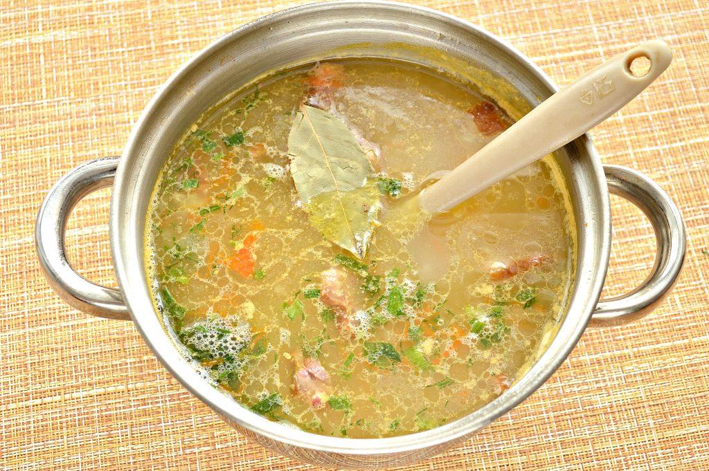 Фото рецепта - Рисовый суп с копченостями - шаг 7