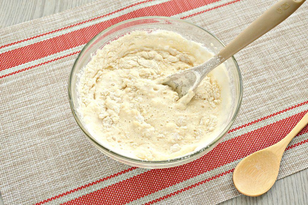 Фото рецепта - Тесто как пух на молоке и дрожжах - шаг 7