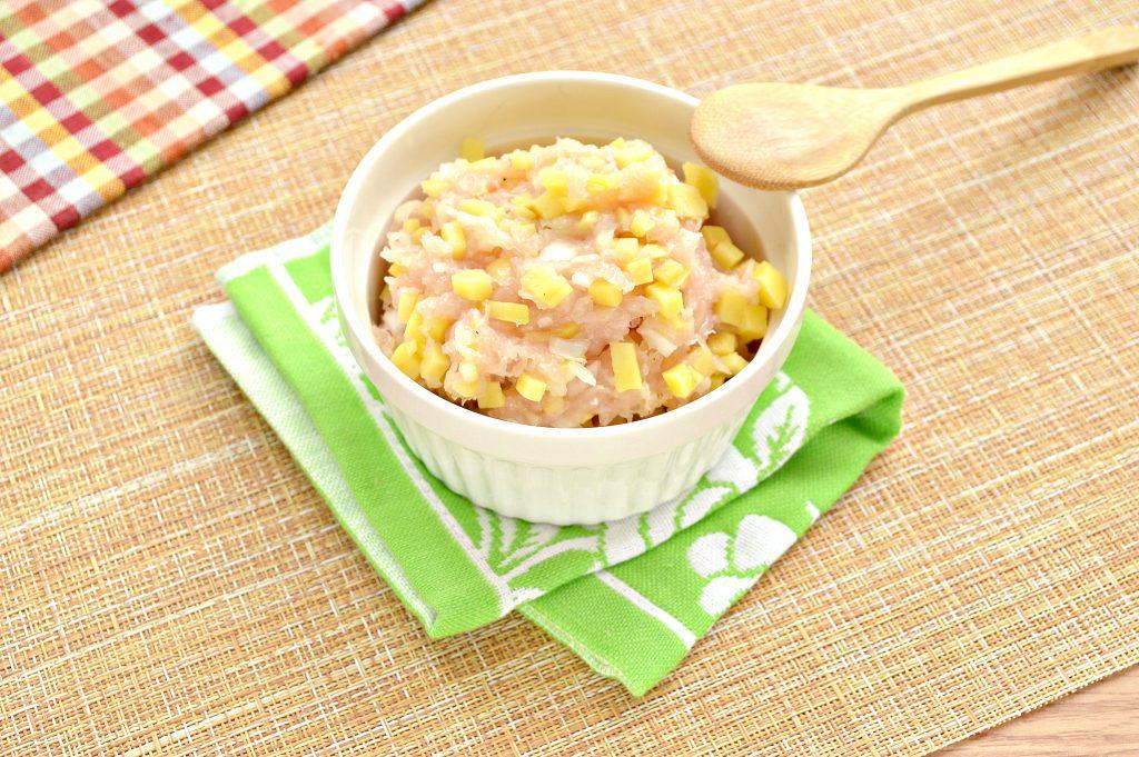 Фото рецепта - Начинка для мантов из курицы и картофеля - шаг 8
