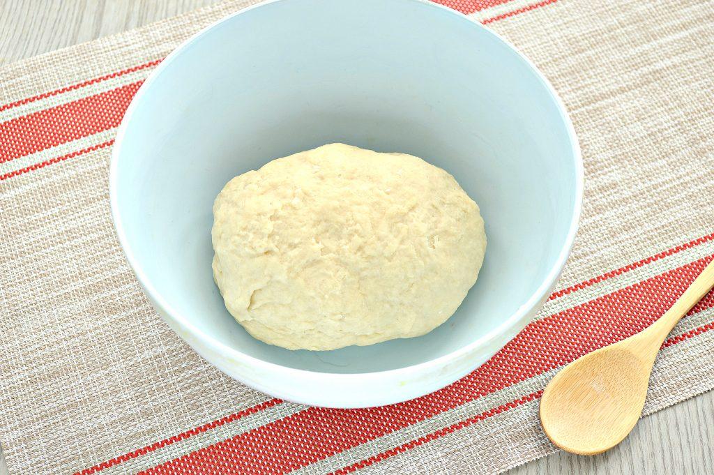 Фото рецепта - Тесто как пух на молоке и дрожжах - шаг 8