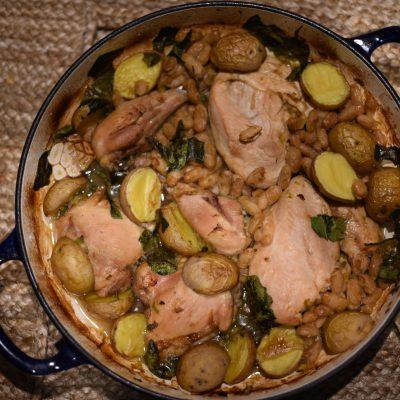 Курица с белой фасолью и картошкой - рецепт с фото