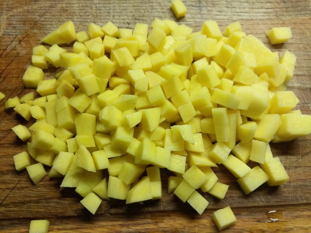 Фото рецепта - Постный суп с кислой капустой и рисом - шаг 1