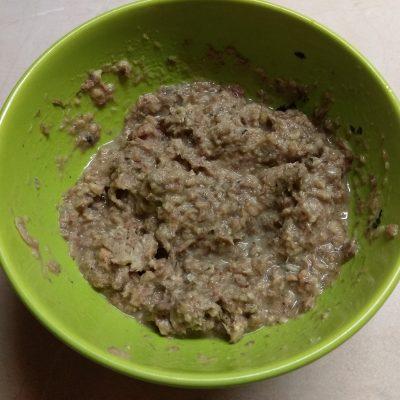 Фото рецепта - Шаурма с сардинами, огурцами и пекинской капустой - шаг 3