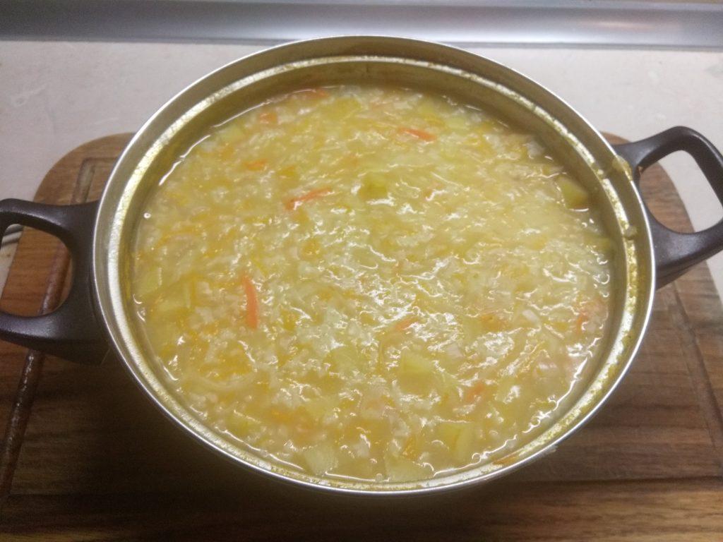 Фото рецепта - Постный суп с кислой капустой и рисом - шаг 5