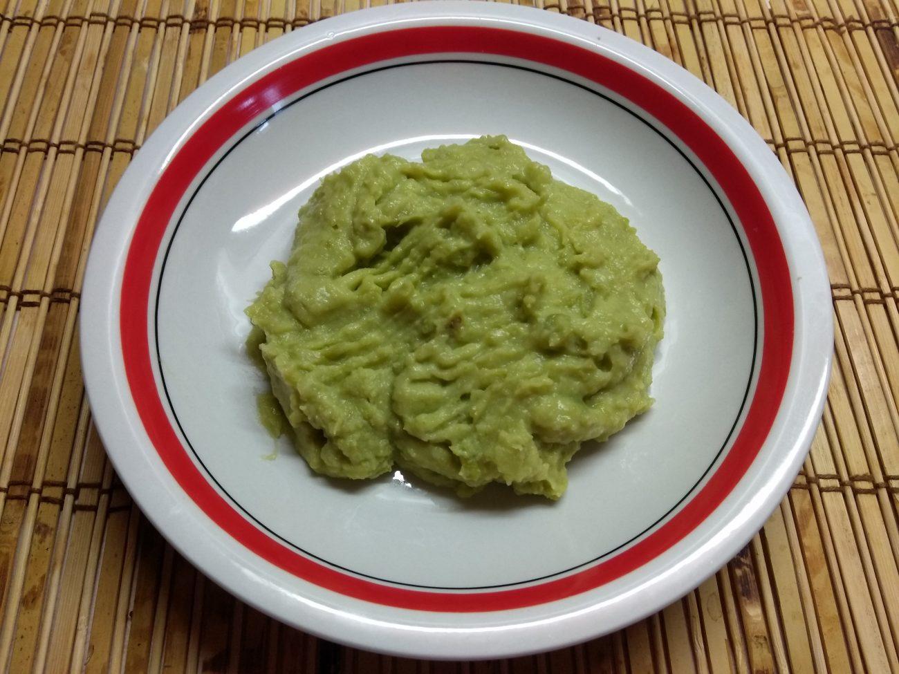 Пюре из картофеля и зеленого горошка с чесноком и пармезаном