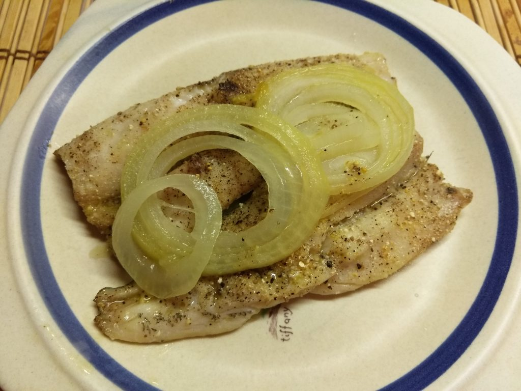 Фото рецепта - Рыба хек, запеченная в духовке со специями - шаг 5