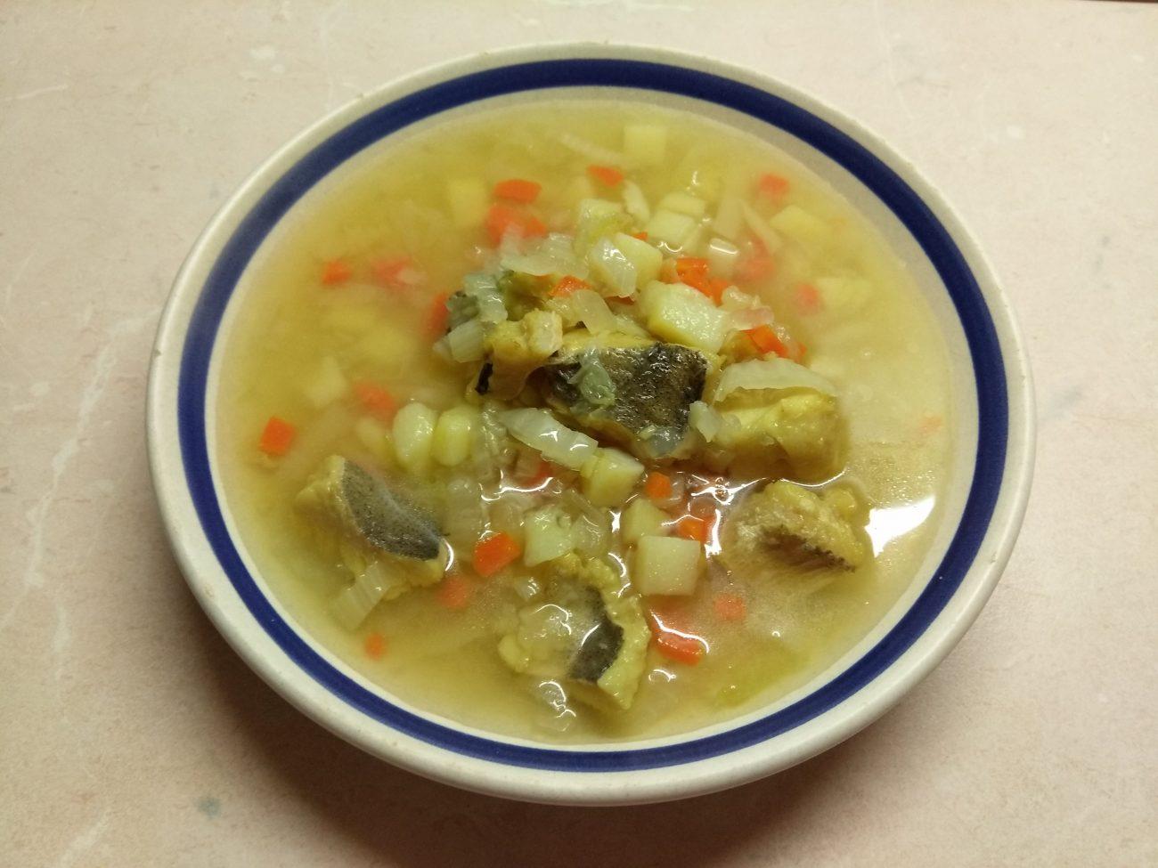 Суп с пекинской капустой и хеком