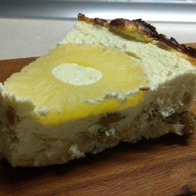 Фото рецепта - Творожник с консервированными ананасами - шаг 6