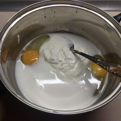 Фото рецепта - Оладьи со свежим ананасом - шаг 3