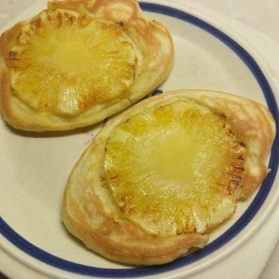 Фото рецепта - Оладьи со свежим ананасом - шаг 6
