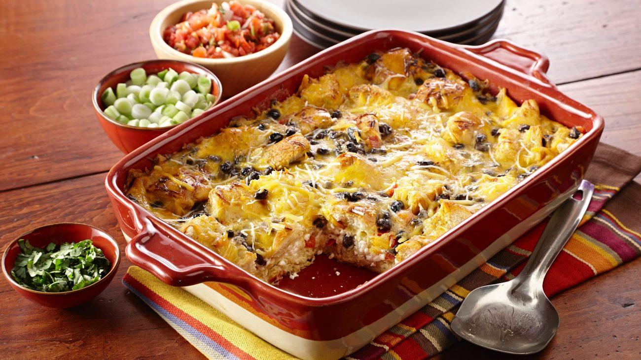 Яичница-кусочница с сыром и фасолью