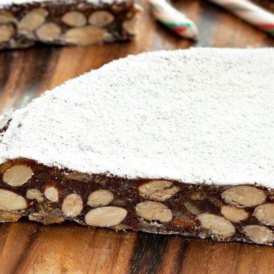 Панфорте – пирог с орехами и цитрусами - рецепт с фото