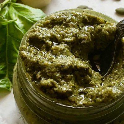 Песто из базилика и семечек тыквы - рецепт с фото