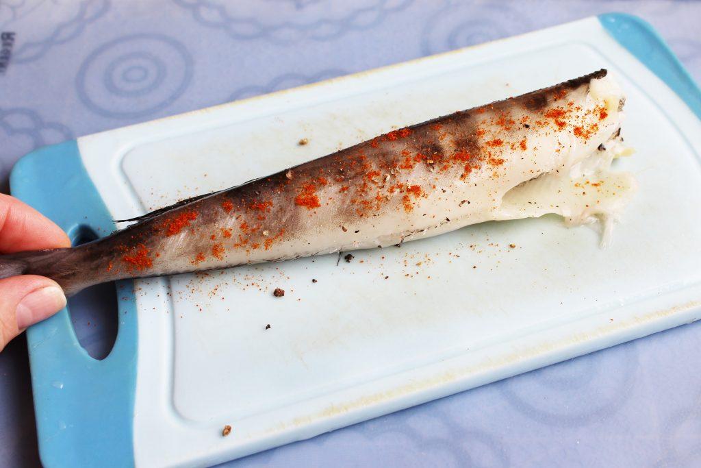 Фото рецепта - Жареная ледяная рыба - шаг 2