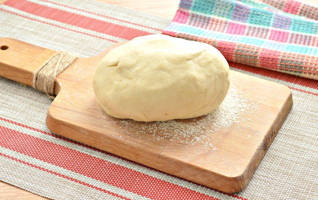 Фото рецепта - Вареники с салом и картошкой - шаг 1