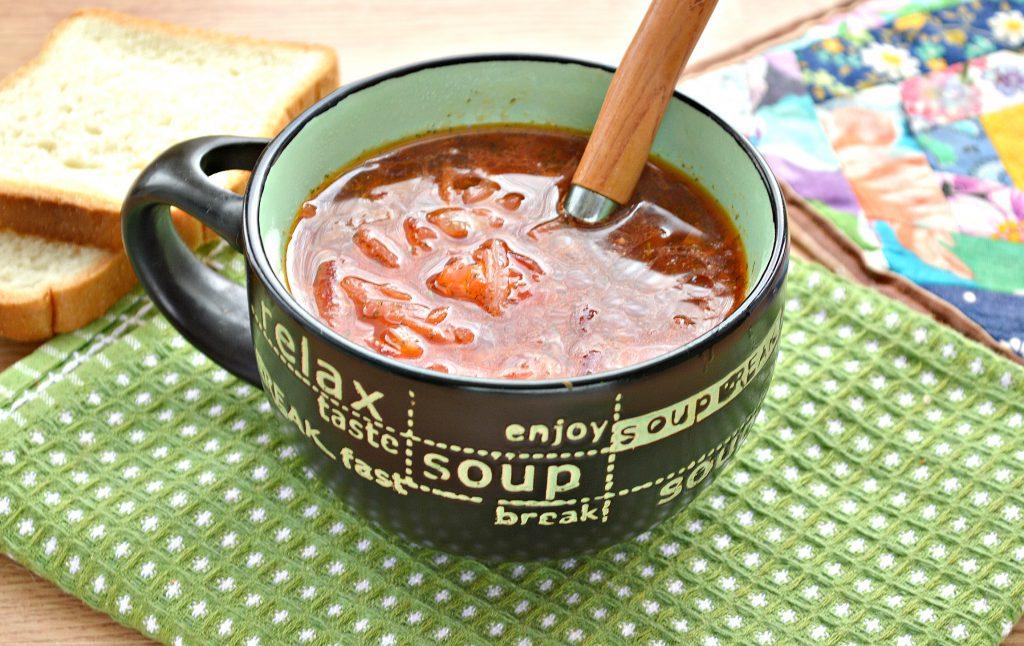 Фото рецепта - Борщ со свежей капустой и солеными огурцами - шаг 10