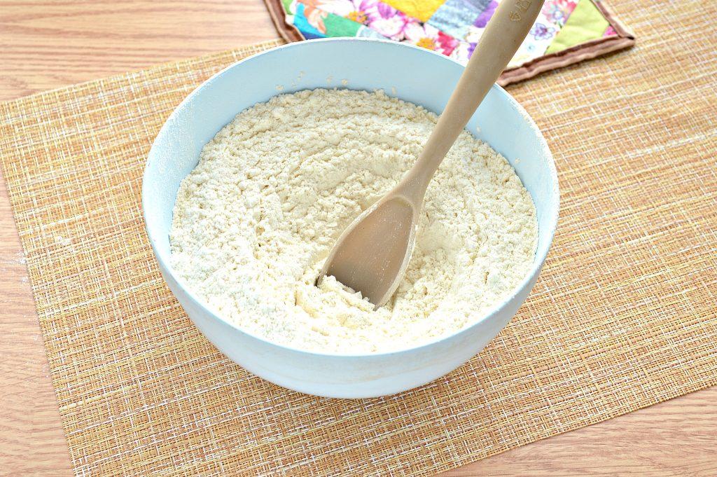 Фото рецепта - Постное заварное тесто для вареников, пельменей, мантов - шаг 3