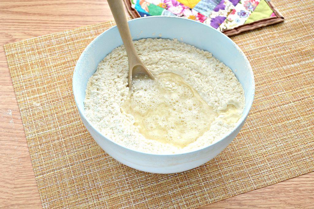Фото рецепта - Постное заварное тесто для вареников, пельменей, мантов - шаг 5
