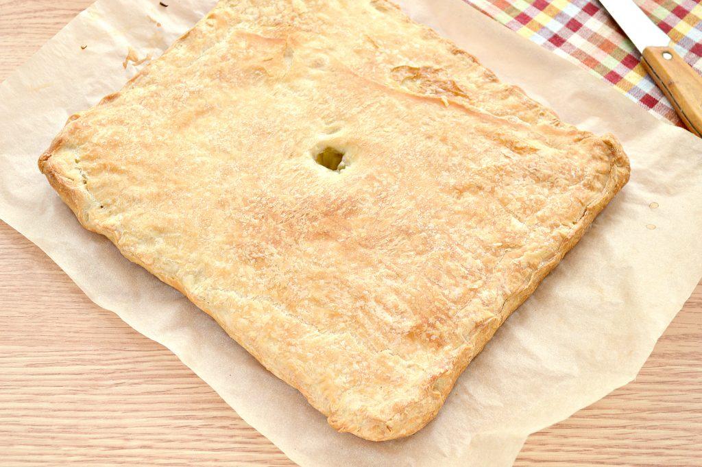 Фото рецепта - Слоеный пирог с картофелем и салом - шаг 6