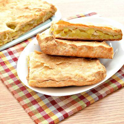 Слоеный пирог с картофелем и салом - рецепт с фото