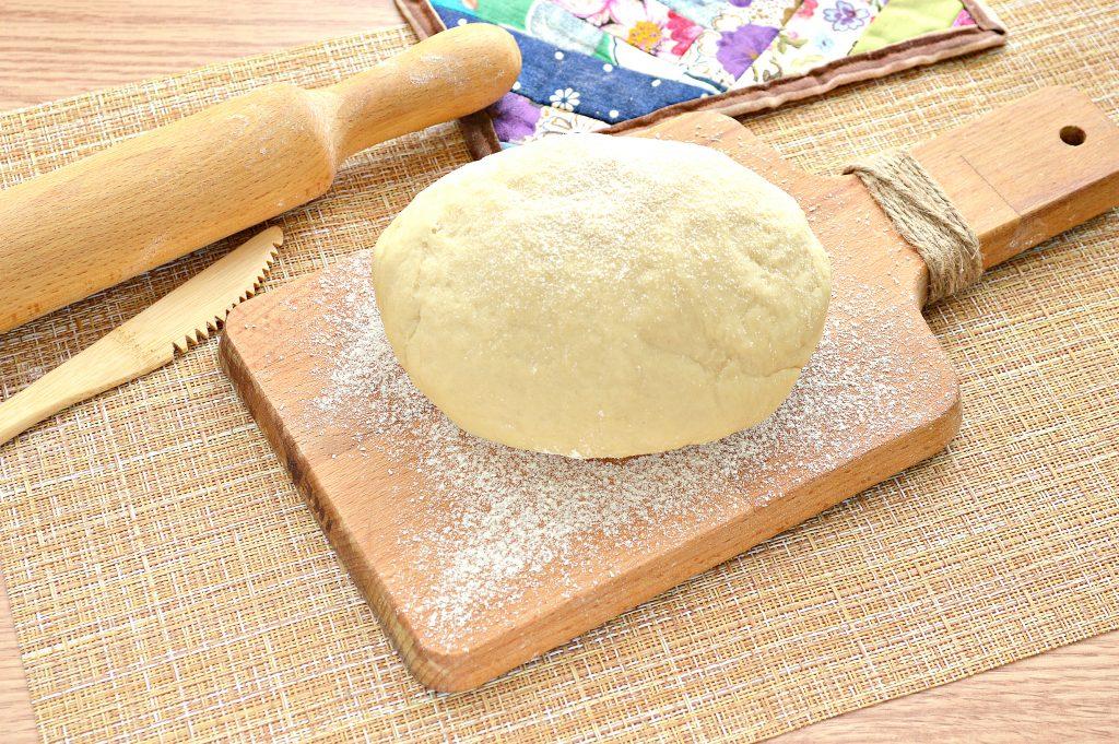 Фото рецепта - Постное заварное тесто для вареников, пельменей, мантов - шаг 9
