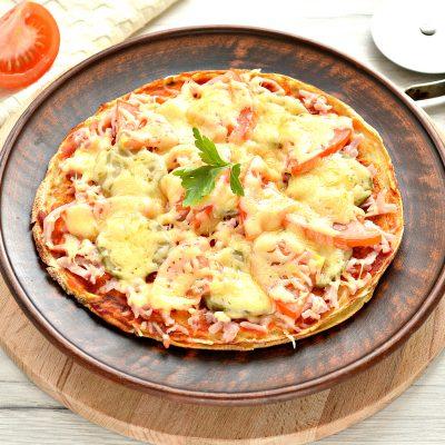Блинная пицца с помидорами и сыром - рецепт с фото
