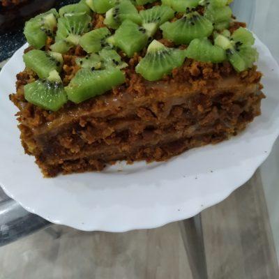 Фото рецепта - Вкусный слоеный морковный торт - шаг 6