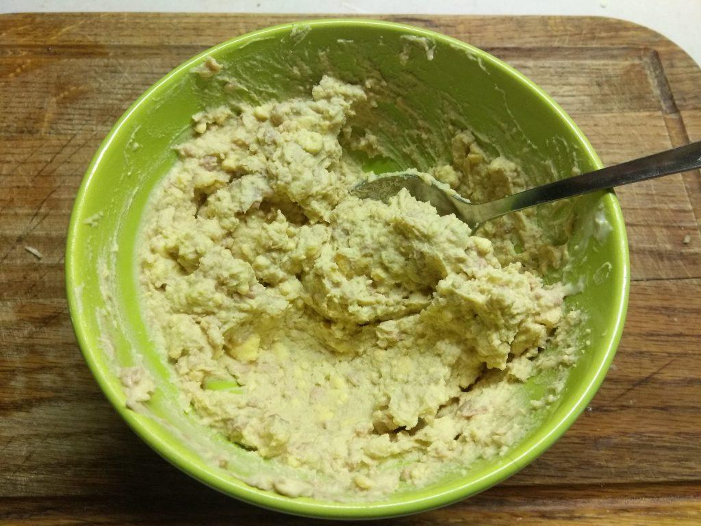 Фото рецепта - Яйца, фаршированные печенью трески - шаг 5