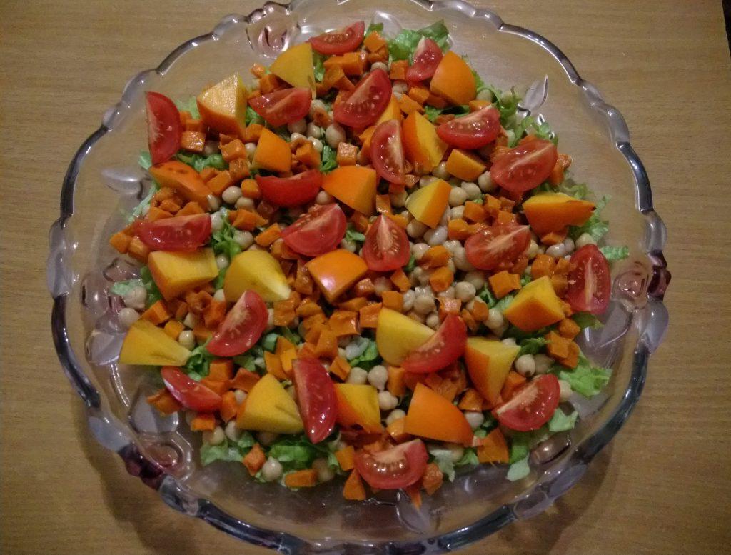 Фото рецепта - Салат из запечённой тыквы, с апельсинами и фетой - шаг 6
