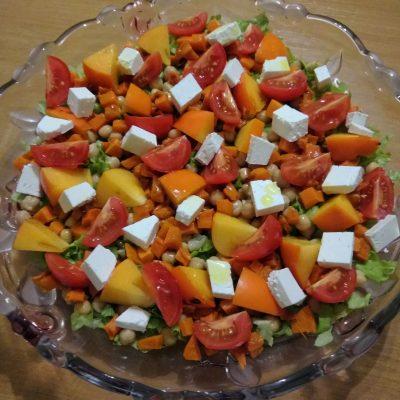 Салат из запечённой тыквы, с апельсинами и фетой - рецепт с фото