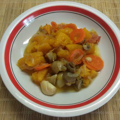Овощное рагу из тыквы и шампиньонов - рецепт с фото
