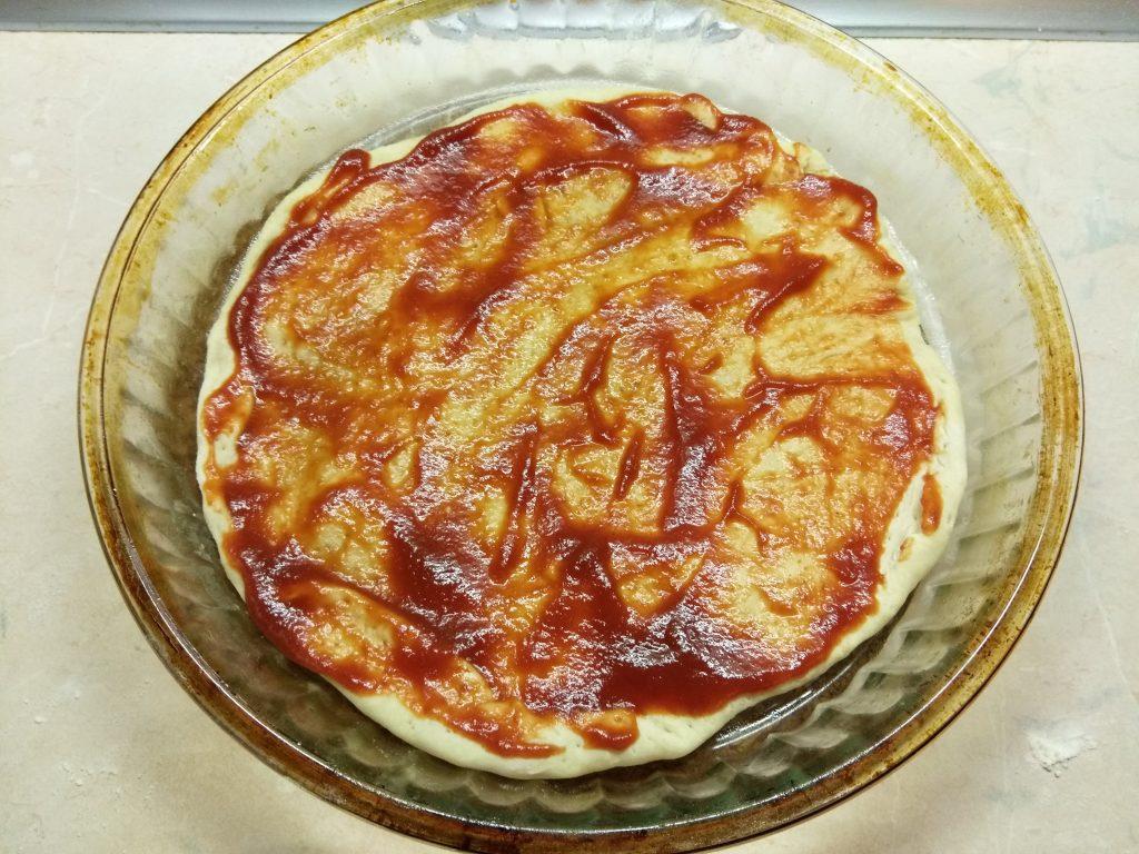 Фото рецепта - Пицца с курицей и тыквой - шаг 3