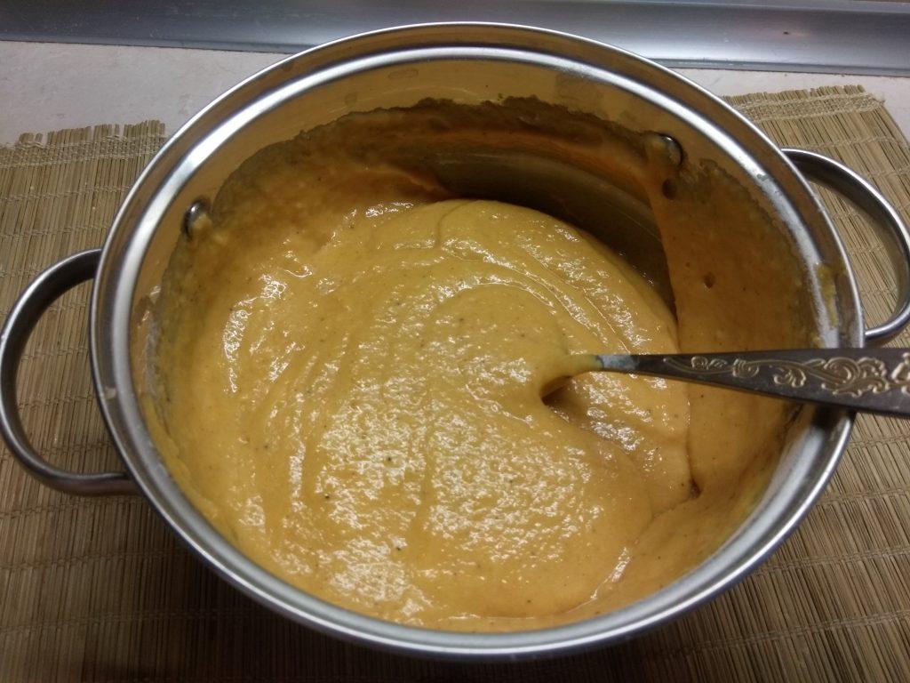 Фото рецепта - Тыквенные пряные оладьи - шаг 5