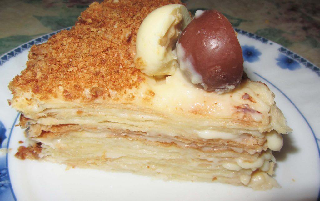 """Фото рецепта - Слоеный торт """"Наполеон"""" - шаг 10"""